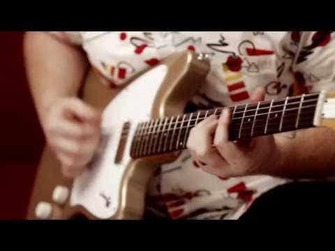 Harmony Silhouette Electric Guitar w/MONO Bag - Champagne