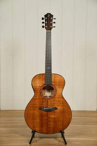 Furch Guitars RAINBOW Custom Grand Auditorium Acoustic w/Case - Koa