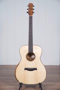 Maestro Original Series VICTORIA KO SB A Guitar w/Case