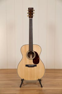 Martin Modern Deluxe 000-28MD Acoustic Guitar w/Case