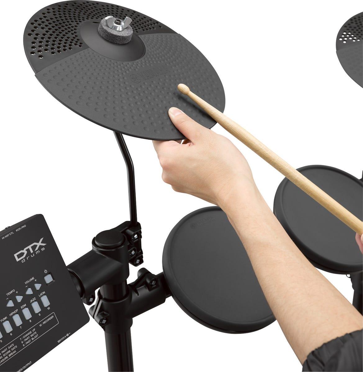Yamaha DTX402KPLUS Electronic Drum Kit w/Sticks + Stool + Headphones!