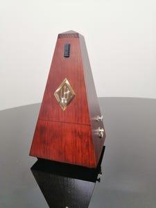 Wittner Metronome - Wood - Matte Mahogany