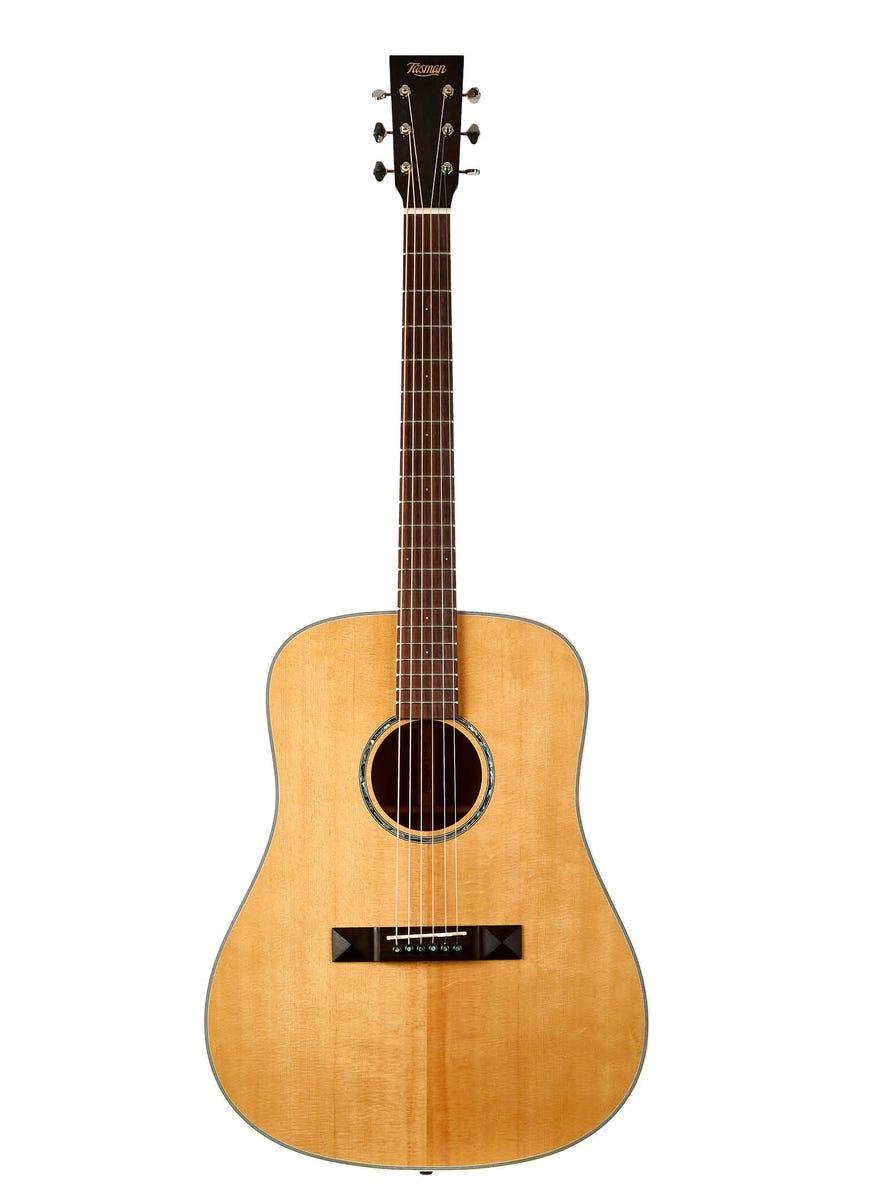 Tasman Seeker TA100 Dreadnought Acoustic Guitar w/Case